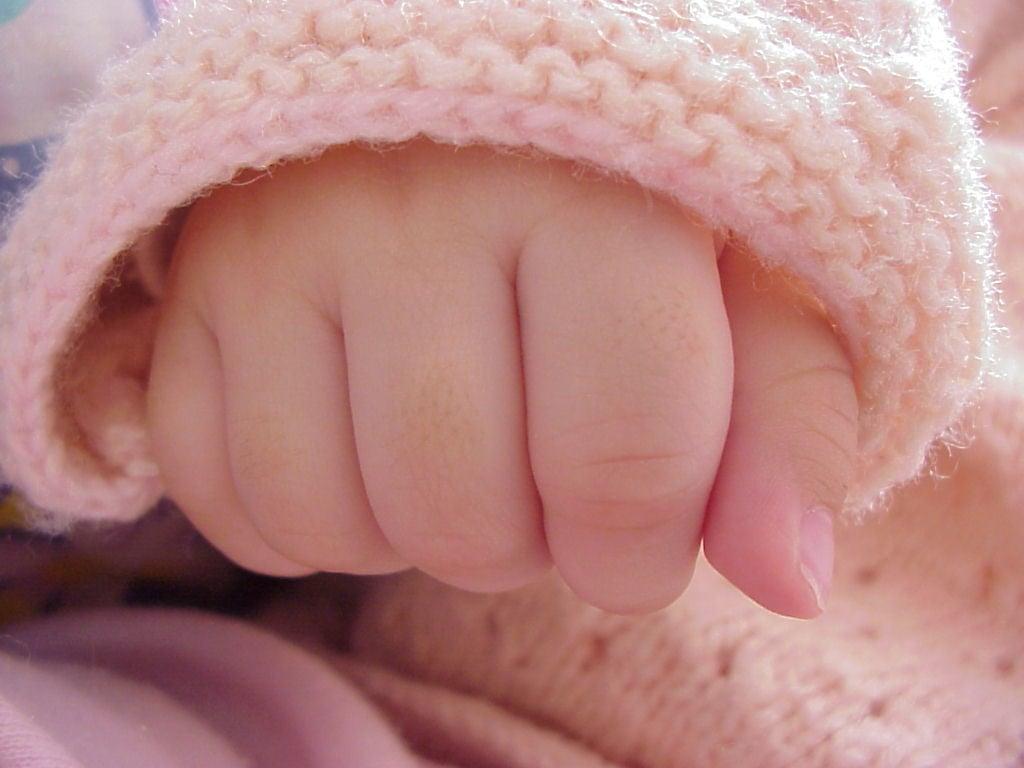 baby-hand-1-1316351